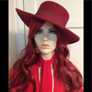 Red Barberry Hat